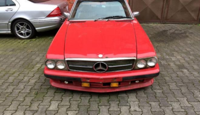 Foto: Mercedes-Benz SL 450 la doar 5.000 de euro. Să fie oare o investiţie rentabilă?