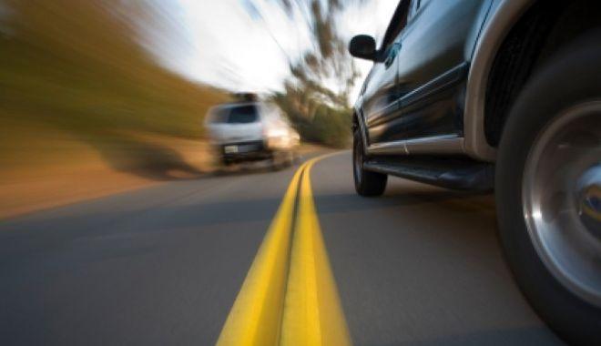 113 CONDUCĂTORI AUTO, DEPISTAȚI CU VITEZE DE PESTE 180 KM/H - ma537inviteza-1526292035.jpg