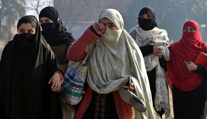 Foto: Măcel într-un sanctuar sufit din Pakistan: cel puţin 20 de persoane ucise