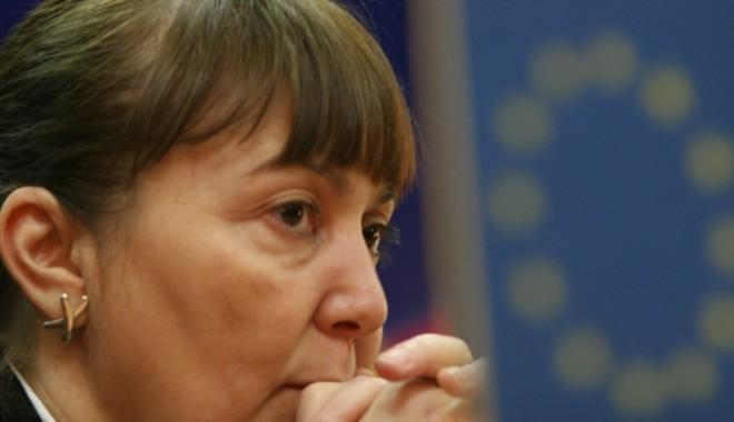 Cui i-a interzis Comisia Macovei să candideze din partea ARD - macovei1344262065-1351065480.jpg