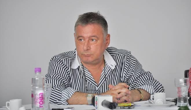 Foto: Doi parlamentari de Constanţa şi-au angajat rudele la cabinetele parlamentare