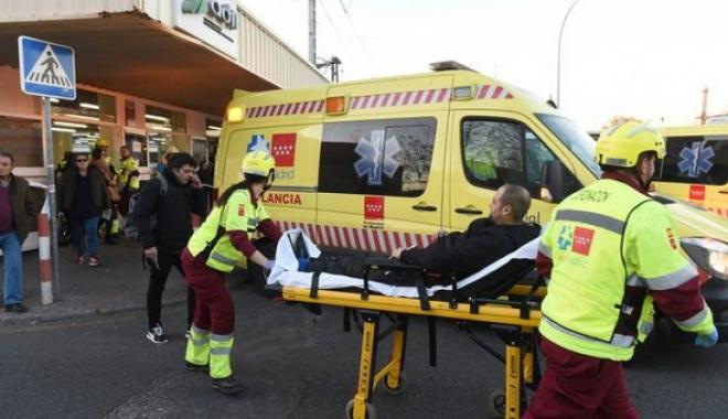 """Foto: UPDATE / Accident de tren lângă Madrid: zeci de persoane au fost rănite. """"PRINTRE VICTIME SUNT ŞI NOUĂ ROMÂNI!"""""""