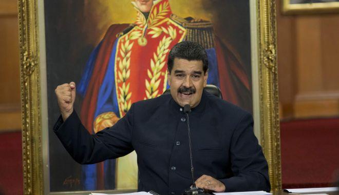 Foto: Maduro îi cere lui Guaido să convoace alegeri pe care susţine că tot el le va câştiga
