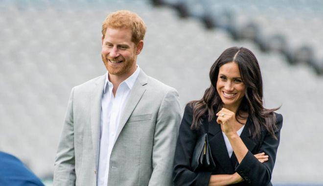 Foto: Meghan Markle şi prinţul Harry aşteaptă primul copil