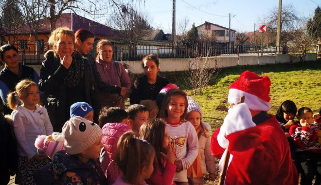 Magia sărbătorilor de iarnă mai aproape de cei mici datorită studenților constănțeni - magiasarbatorilor2-1576753718.jpg
