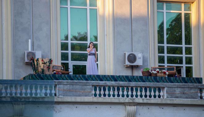 """Foto: """"Magic Swing"""", din nou, pe scena Teatrului """"Oleg Danovski"""""""