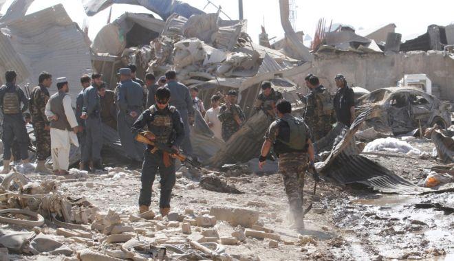Foto: Mai mulţi civili ucişi de forţele SUA şi afgane decât de talibani