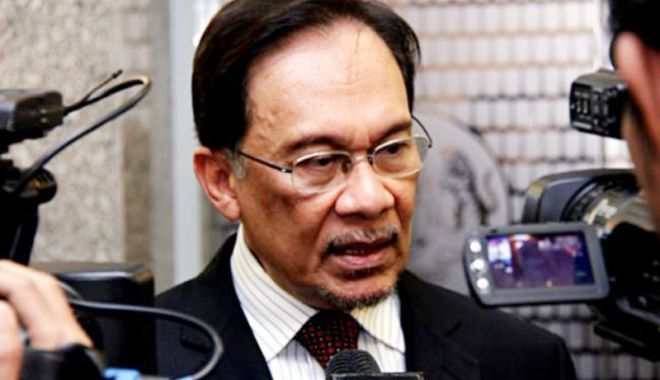 Foto: Malaezia: Fostul vicepremier Anwar Ibrahim, eliberat din închisoare