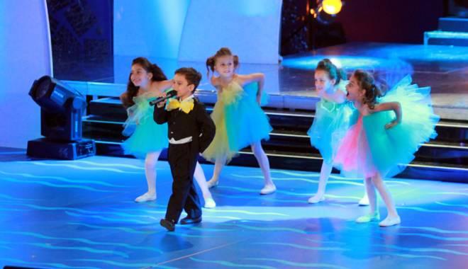 """Foto: 250 de mici vedete,  la Festivalul  """"Mamaia Copiilor"""""""