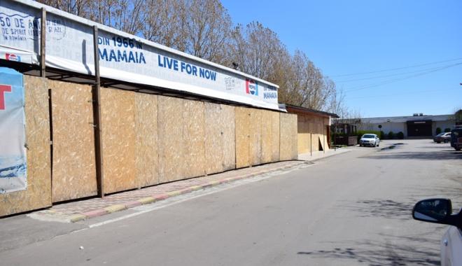 Foto: 1 Mai cu lacătul pe uşă şi şantier la fereastră! Cum sunt aşteptaţi turiştii în staţiunea Mamaia