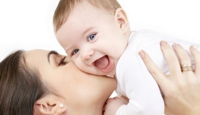 Foto: Parlamentul, decizie în privința indemnizației pentru creșterea copilului