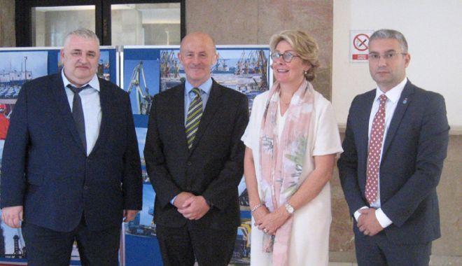 Foto: Manageri din 17 țări europene s-au reunit în portul Constanța