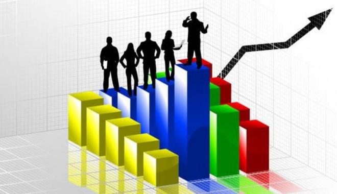 Foto: Managerii estimează că economia şi preţurile vor creşte  în următoarele trei luni