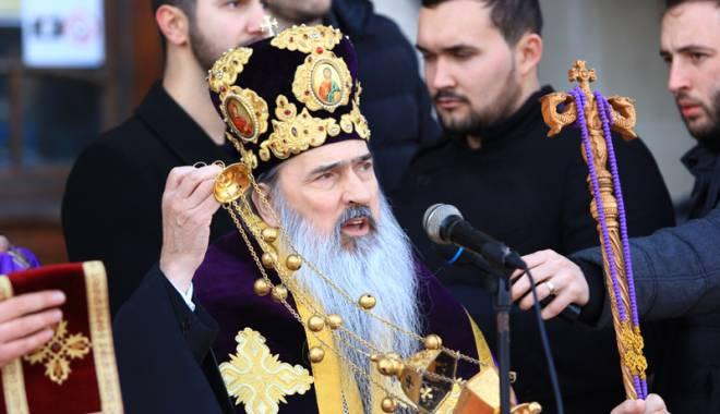 Foto: Mănăstirea Galeşu îşi serbează hramul