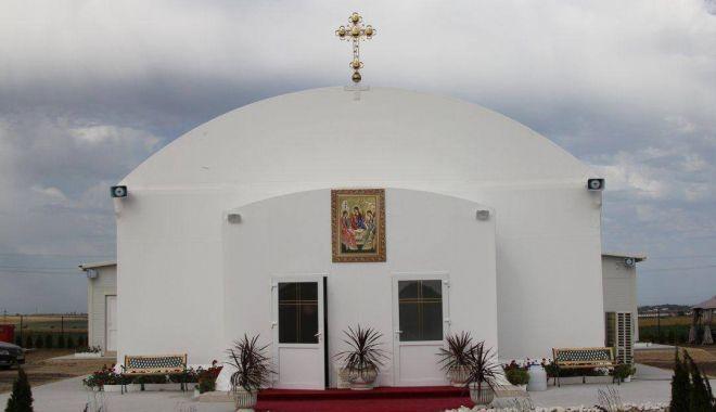 Foto: Credincioșii sunt așteptați la hramul Mănăstirii Văcăreștii Noi