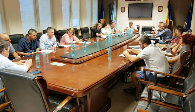 Foto: Consilierii locali din Mangalia au aprobat tarifele de parcare pentru oraș și stațiuni