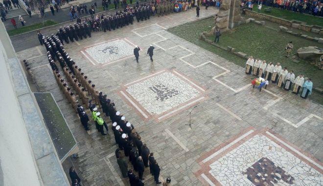 Foto: Ziua Principatelor Române, sărbătorită în Piața Republicii din Mangalia