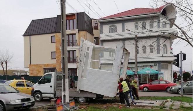 """Foto: Start operațiunii de demolare a construcțiilor ilegale. """"Am întocmit câteva zeci de dosare"""""""