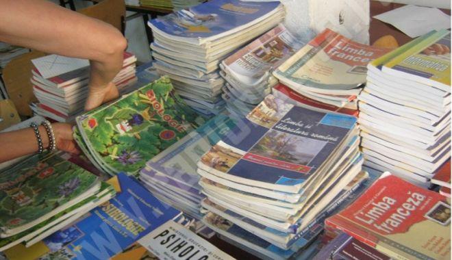 Foto: Manuale noi pentru clasele I - VI. Ministerul Educaţiei a avizat  prima tranşă de cărţi