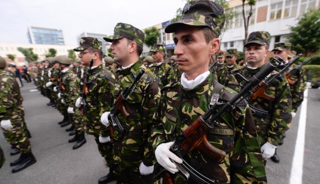 Foto: Cine vrea să se angajeze în Armată? Peste 1.000 de posturi de soldat/SGP disponibile