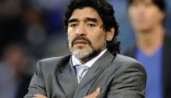 Foto: Maradona regretă absența Italiei la Mondialul din Rusia
