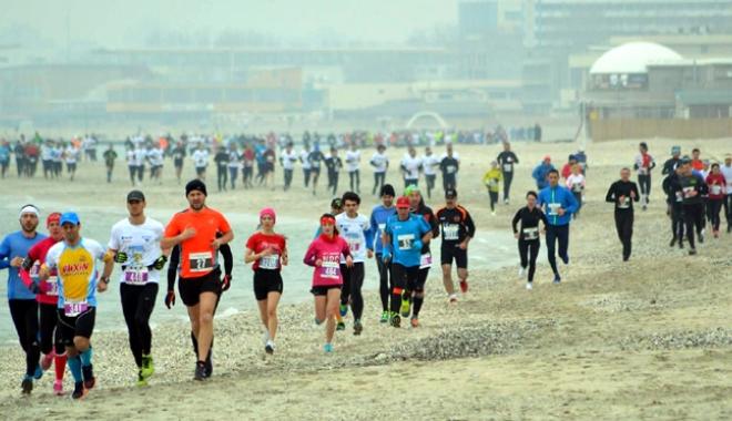 Foto: Nu mai căuta scuze. Aleargă la Maratonul Nisipului!