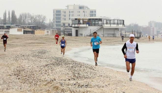 Cine sunt campionii Maratonului Nisipului de la Constanța - maraton1-1397492944.jpg