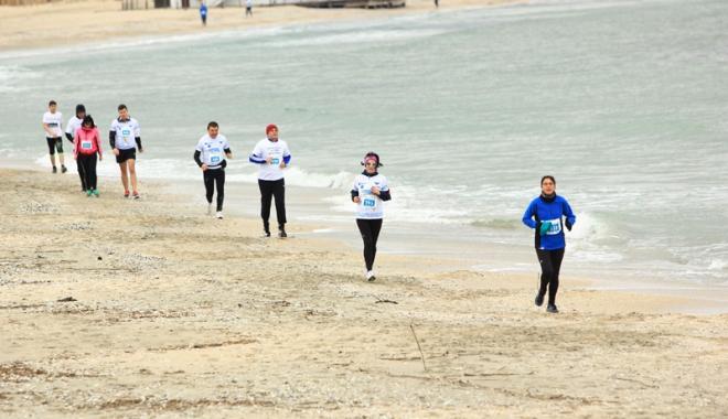 Foto: Sport şi sănătate! Au început înscrierile pentru Maratonul Nisipului 2017