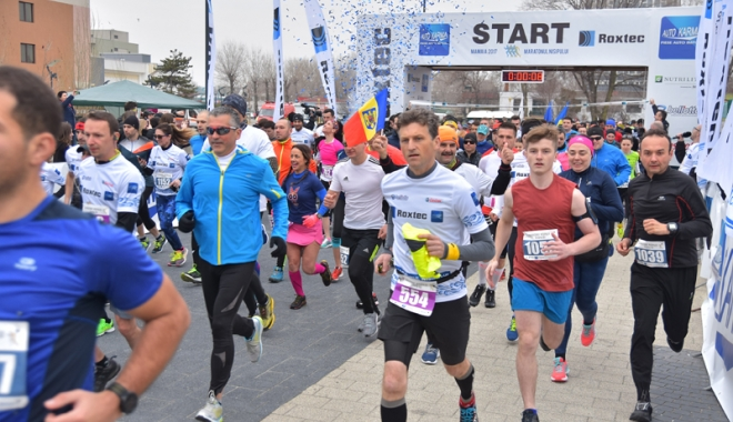 Maratonul Nisipului, dominat, din nou, de atleţii de peste Prut - maratonulnisipului10-1490540602.jpg