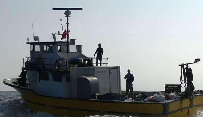 Marea Neagră. Ce spun polițiștii de frontieră despre pescadorul turcesc care le-a scăpat din urmărire - mareaneagra-1528302770.jpg