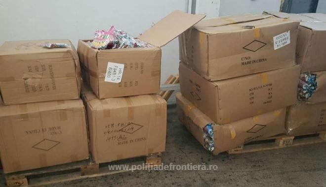 Foto: Marfă de peste un milion de lei, confiscată în Portul Constanţa