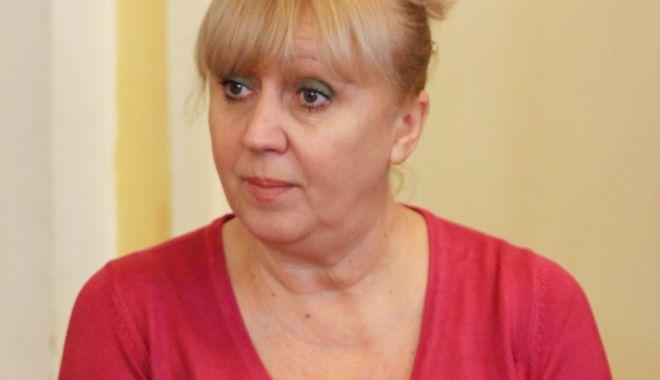 Foto: Actorii o ajută pe Maria Lupu Vasilescu să strângă bani pentru operaţie