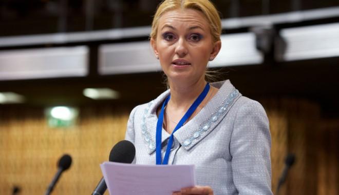 Maria Stavrositu a obținut două milioane de euro pentru învățământul constănțean - mariastavrositustrasbourg-1323191824.jpg