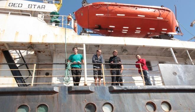 Foto: Calvarul celor 11 navigatori va înceta! Veşti bune despre nava Geo Star