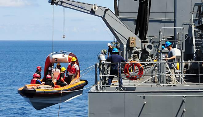 Foto: Marinarii egoişti  îşi amintesc de SLN şi ITF numai când dau de dracu'