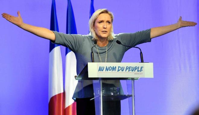 """Foto: Marine Le Pen promite un """"proiect de tratat simplificat"""" alternativ al UE"""