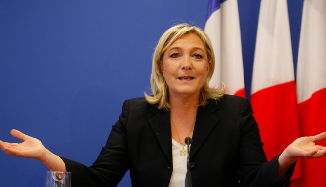 Foto: Lovitură pentru Marine  Le Pen. Şefa ei de cabinet,  pusă sub acuzare