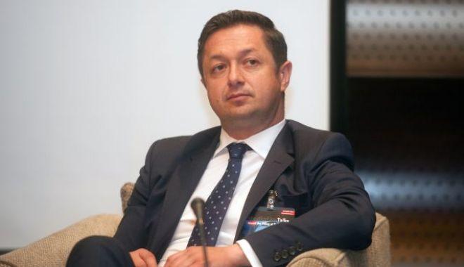 Foto: Ministrul Sporturilor şi-a anunţat demisia. Marius Dunca se retrage din Guvern