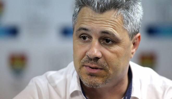 Foto: Fotbal / Marius Șumudică, suspendat șase luni și amendat cu 100.000 de lei de Comisia de Disciplină a FRF