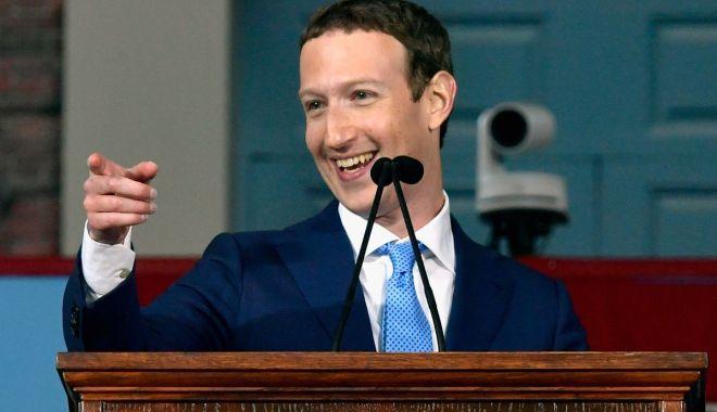 Foto: Facebook recunoaşte că a șters mesaje trimise pe Messenger de Mark Zuckerberg