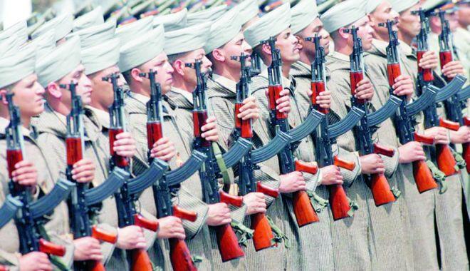 Foto: Marocul va reintroduce serviciul militar obligatoriu