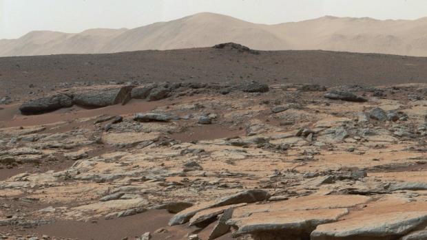 Foto: Cutremur pe Marte! A fost înregistrat primul seism pe Planeta Roşie