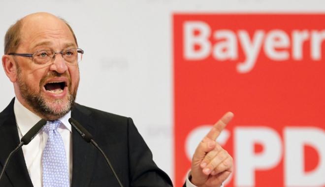 """Foto: Martin Schulz: """"Berlinul trebuie să înceteze să arate Franţa cu degetul"""""""