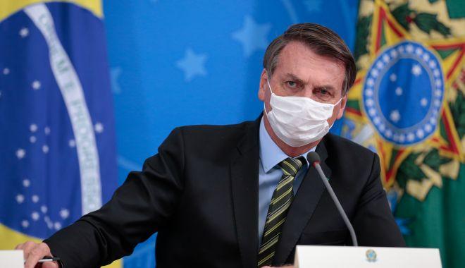 Foto: Președintele Braziliei a luat în râs coronavirusul, dar a ajuns la spital cu simptome