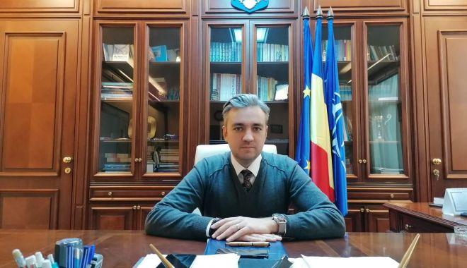 Foto: Masca devine obligatorie în județul Constanța, în aer liber, în locurile aglomerate