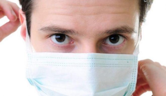 Motivul pentru care cei care fac vaccinul anti-Covid trebuie să poarte în continuare masca sanitară - masca-1610876962.jpg