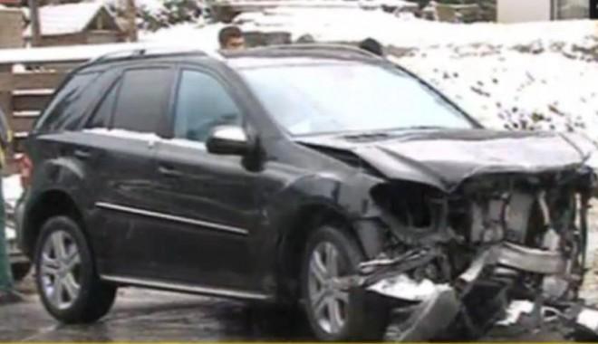 Tragedie rutieră provocată de Șerban Huidu - masina3-1318797394.jpg