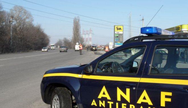 Foto: Maşinile ANAF şi ale procurorilor, fără girofar albastru