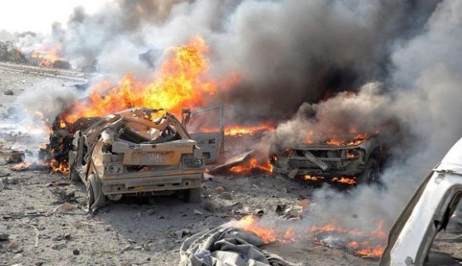 Foto: Atentat cu maşină-capcană. Cel puţin 23 de morţi şi 45 de răniţi