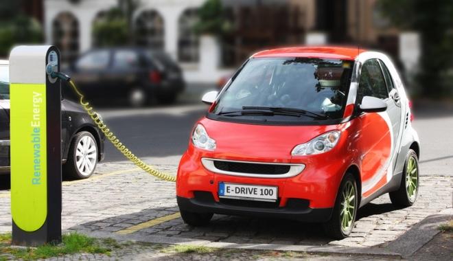 Foto: Vrei mașină electrică, dar nu ai bani de una nouă? Iată  ce poți cumpăra la mâna a doua din România și Germania